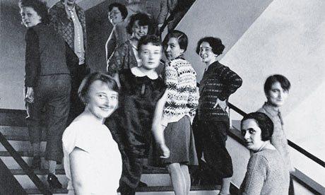 Bauhaus-women-001