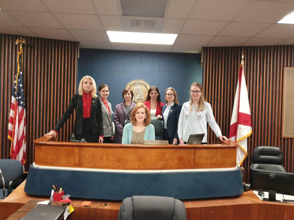 Олександра Голуб у США, зустріч із суддею суду штату Алабама, навчальна програма «Відкритий світ»